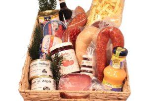 Geschenkkorb mit Spezialitäten aus dem Oldenburger Land.