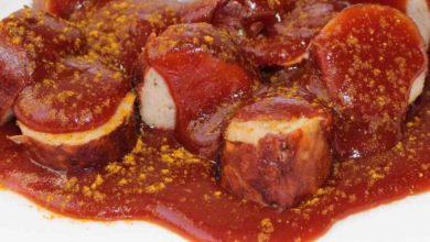 Currywurst mit Sosse