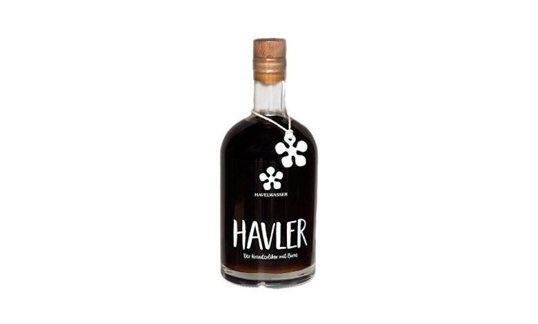 Flasche Kräuterlikör mit Birne