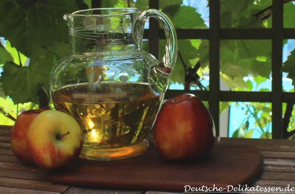 Apfelwein aus Hessen Frau Rauscher