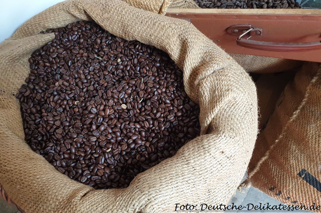 Kaffee in einem Kaffeesack