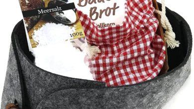 Filzkorb mit Brotbackmischung und Meersalz